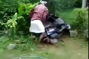 KERALA FUNNY ACCIDENTS VIDEOS INDIA INDIAN FUNNIEST ACCIDENT CRASHES COMPILATION