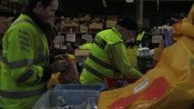 A Calais, dans la « ruche » de l'Auberge des migrants