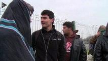 """Bidonville de Calais : les départs volontaires de migrants ralentis par les """"No Borders"""""""