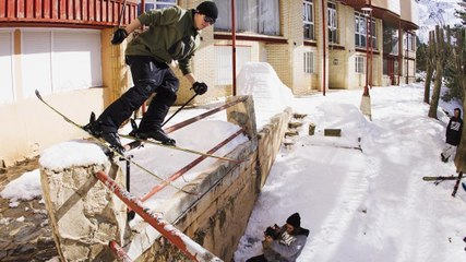 Mike Rowlands Takes To The Streets In His New Urban Freeski...