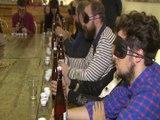 Personas invidentes protagonizan una cata de cervezas
