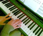 Canzoni di Natale - WE WISH YOU A MERRY CHRISTMAS piano tutorial - Christmas song