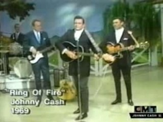 JOHNNY CASH - Ring of Fire (LIVE 1969)