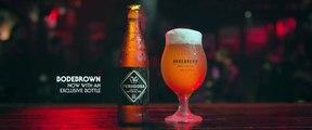 Baston dans un bar pour une bière - Bodebrown bière