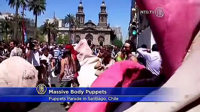 Massive Body Parts Stroll Through Streets of Santiago, Chile
