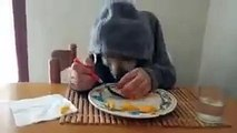 can dog eat like that - thats really amazing