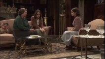 Aurora cuenta a Rosario y Candela lo que le ha pedido Conrado
