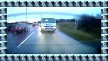 Terrifying overtaking manoeuvre caught on dashcam as Range Rover almost smashes head on wi