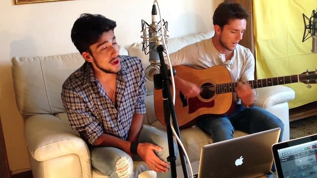 Coldplay - Us against the world (Acoustic cover by Edwyn Roberts & Michele Zocca)