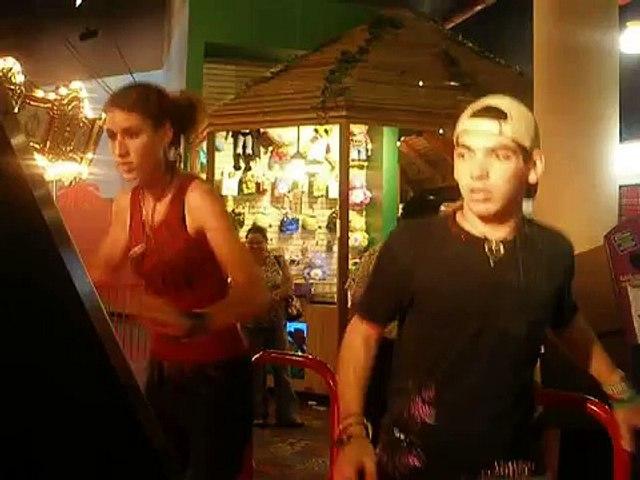 Tebo and SRok dancing DDR