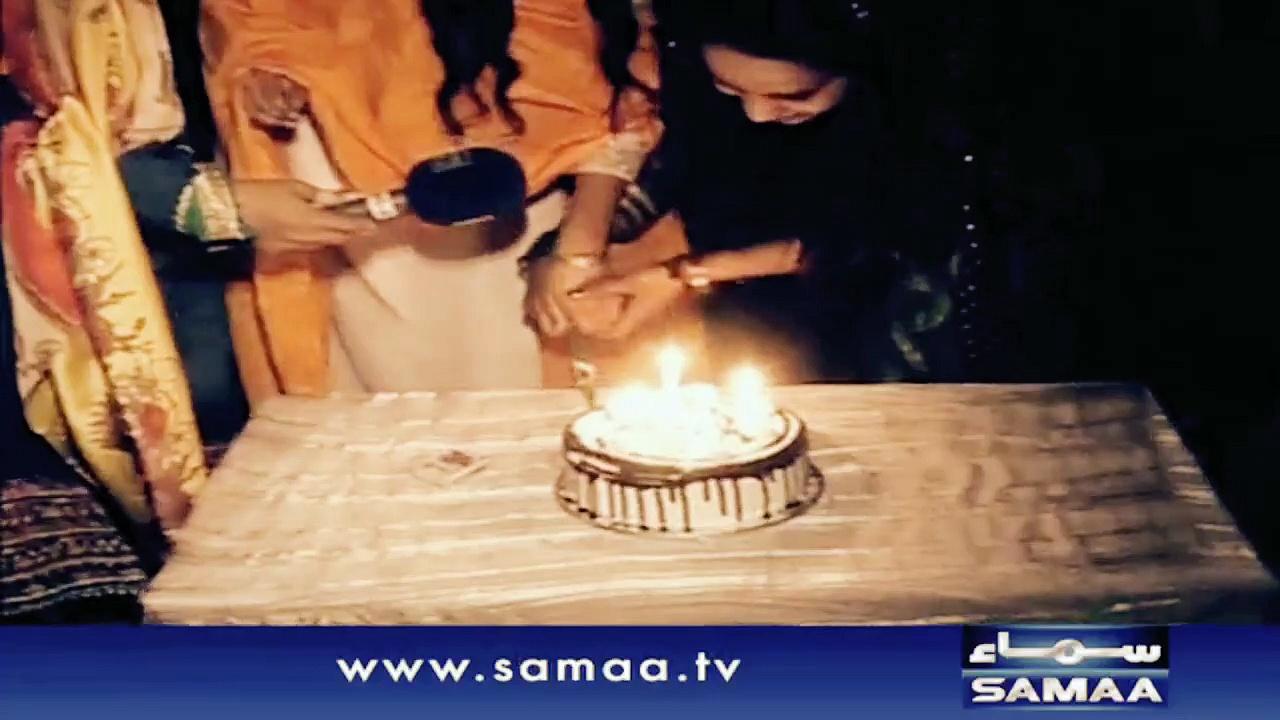 Pakistani justin girls celebrating birthday of justin Bieber,justin bieber birthday celebrations