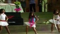 Hermosas Nenas Bailando (Las bailarinas del futuro)