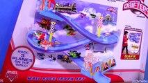 Planes Micro Drifters Wall Race Track Set Disney Dusty Crophopper Wall Tracks Playset Race 3 planes
