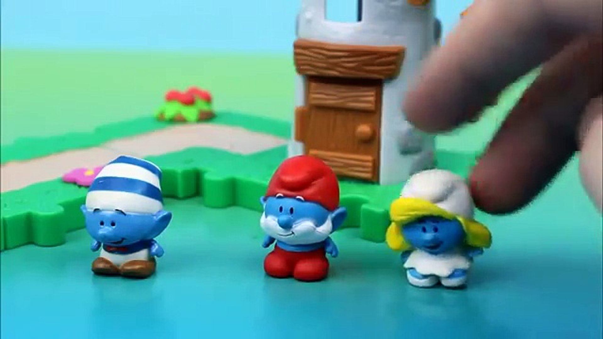 The Smurfs Gargamels Laboratory Gargamel & Azrael take Smurfette essence  Papa Smurf