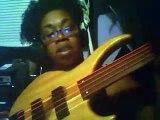 My new Fretless Bass Yay