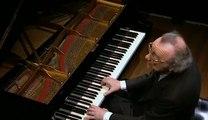 Alfred Brendel - Schubert - Impromptu en sol bmol majeur D. 899 Op. 90 No. 3 -