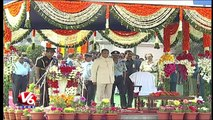Governor Narasimhan Hoists National Flag In Hyderabad   67th Republic Day Celebrations