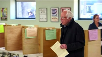 Sanders votes as Super Tuesday gets under way