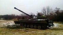 САУ ДНР ведет огонь / Self-propelled gun pro-Russians rebels firing