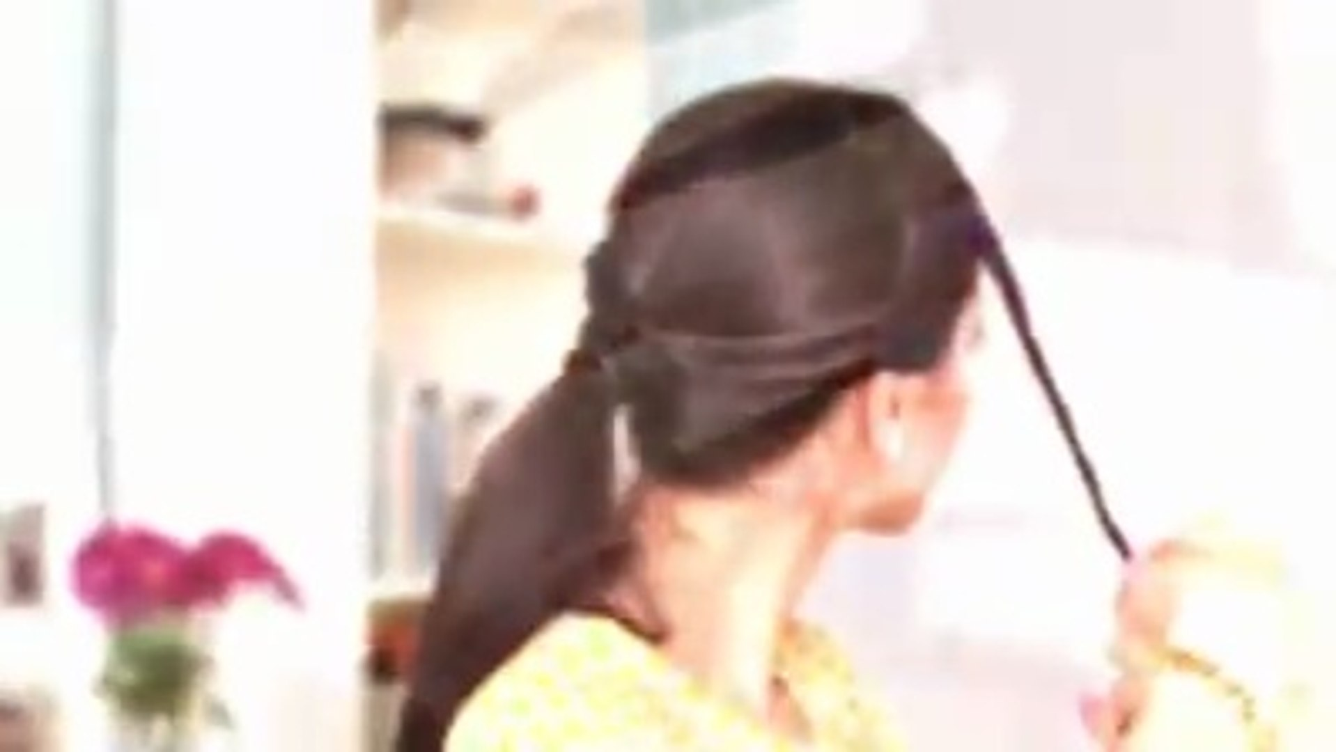 Easy Hair Style for Medium Hairs