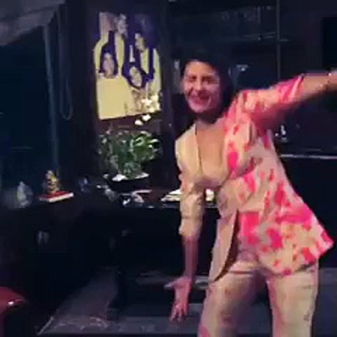 Indain actress Jacqueline Fernandez show boo wish brihtday By Daily Fun top songs best songs new son
