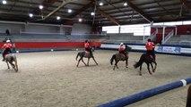 Le horse-ball en images au pôle hippique