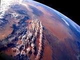 Voyage dans l Espace ,les Galaxies et Planètes imaginaires !.wmv