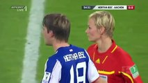 Drôle-allemande de Football Joueur Touche Féminine Arbitre du sein [de corriger les-mondes-info.blogspot.c