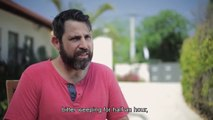 Un homme se rase la barbe après 14 ans et filme la réaction de sa famille