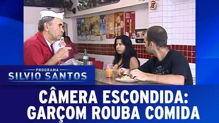 Câmeras Escondidas: Garçom Rouba Comida