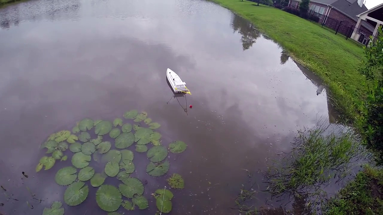 RC Boat Fishing for Bass