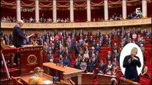 Minute de silence à l'Assemblée en hommage à Sophie Dessus