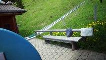 Un toboggan vertigineux dans un décor exceptionnel dans les Alpes suisses