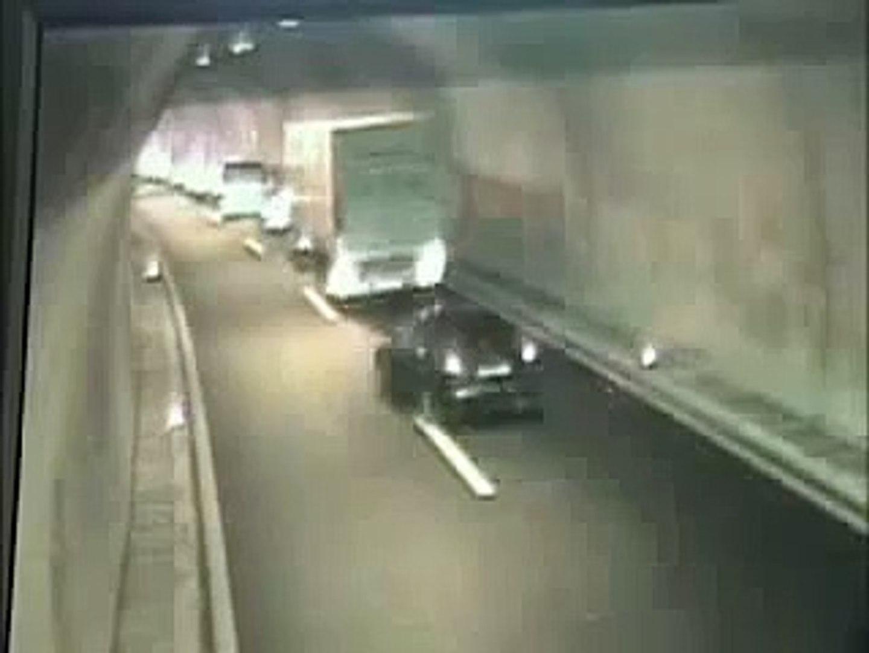 Авария в тоннеле в Хорватии