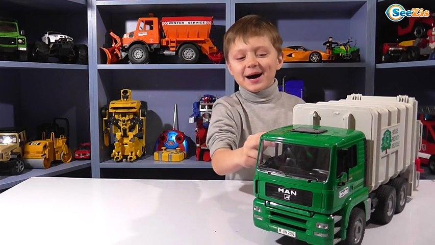 ✔ BRUDER Мусоровоз. Видео для детей. Подарок для Игорька - Инновационная игрушка. Tiki Taki Boys ✔