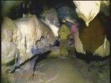 Spélèo lot - le Père Noël - Promilhanes - ruisseau souterrain - Initiation en Spéléologie