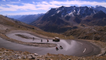 Descente du col du Galibier en Longboard et 2CV