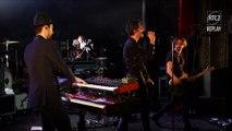 """Aaron interprète """"Onassis"""" en concert Très Très Privé RTL 2"""