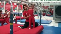 Hector, 5 años Barras Paralelas (nivel 4)