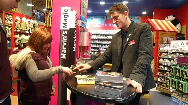 WORLDS TOP MAGICIAN PERFORMS AT HAMLEYS TOY SHOP LONDON 2015