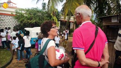 Danielle rend visite à son filleul à Madagascar