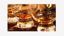 Pourquoi les hommes qui boivent du whisky sont des partenaires de vie géniaux ? On vous résume tout en 11 points...