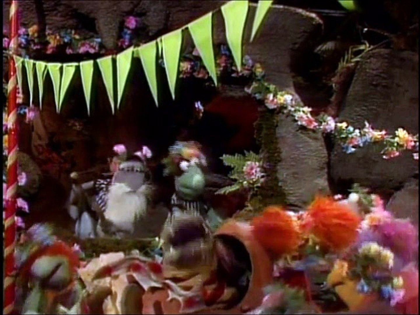 Mr. Conductor Visits Fraggle Rock Episode 59: The Beanbarrow, The Burden and The Bright Bouquet