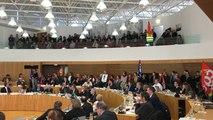 Département : les grévistes dans l'hémicycle