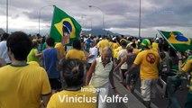 Terceira Ponte balança durante manifestação em Vitória