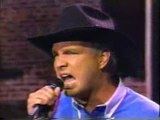 GARTH BROOKS : Hard Luck Woman (with Kiss)
