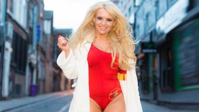Pamela Anderson'a Benzemek İçin 20 Bin Pound Harcayan Kadın