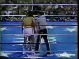 Roberto Duran beats up DeJesus in their third fight.  Best Boxing Fights  Best Boxing Matches