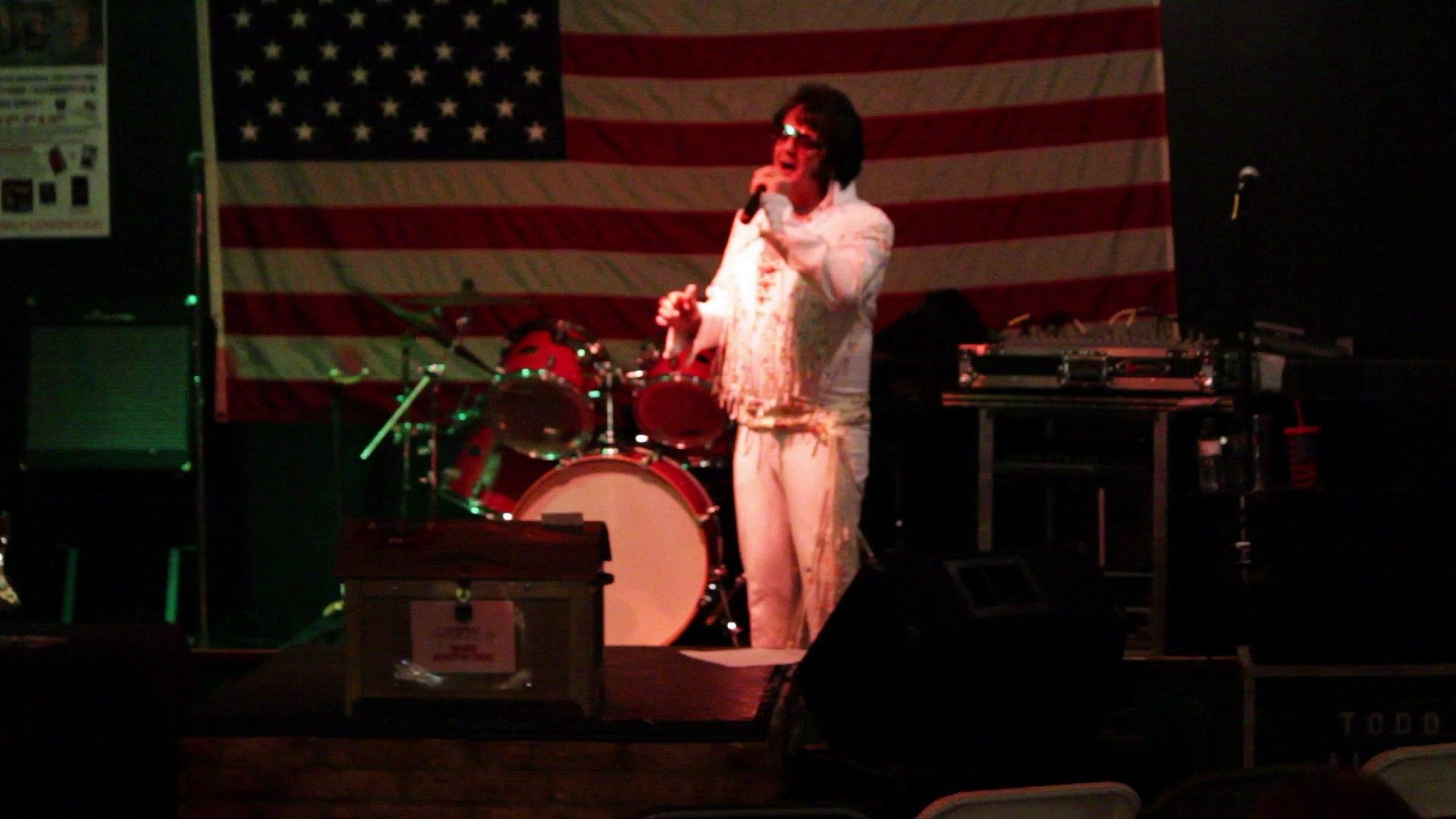 Robert Keefer sings 'Twenty Days and Twenty Nights' Elvis Presley Memorial VFW 2015