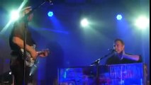 Coldplay Chris Martin and Jonny Buckland- Charlie Brown (Acoustic)